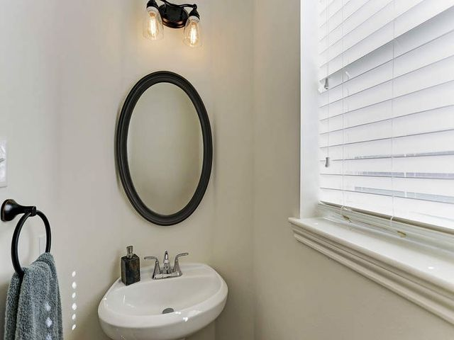 Bathroom Sinks Houston Tx 10115 hickory trail ln, houston, tx 77064 - realtor®