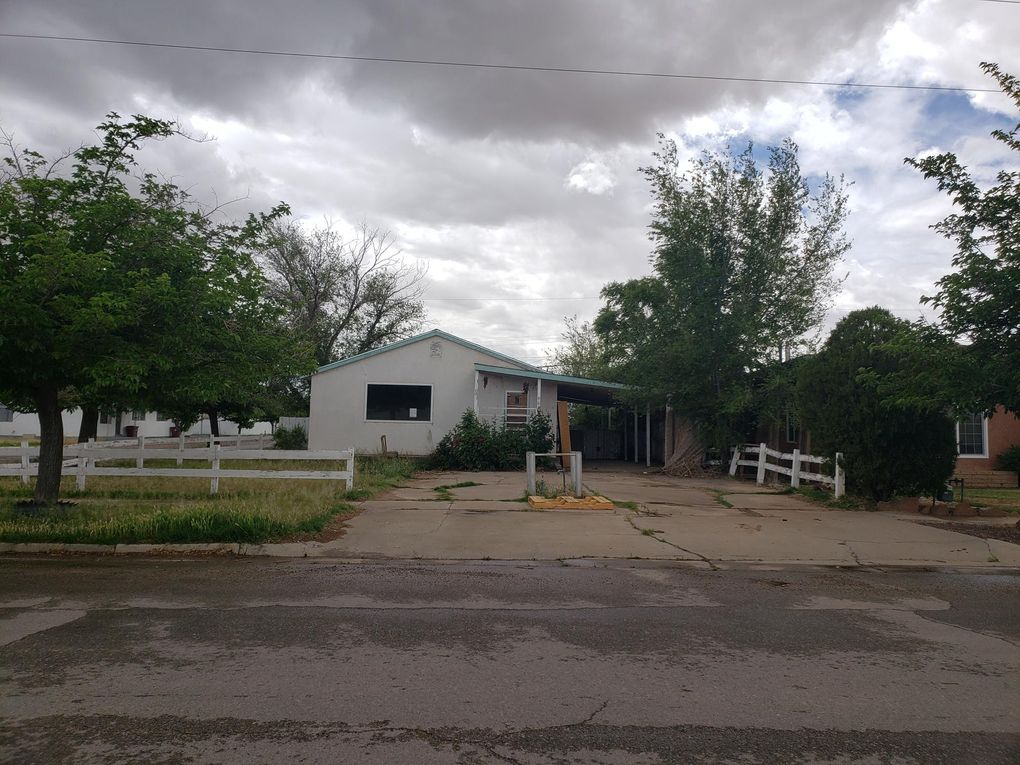 901 W Didier Ave Belen, NM 87002
