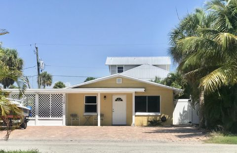 Photo of 110 Washington Ave, Fort Myers Beach, FL 33931