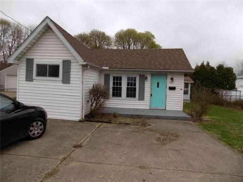 Photo of 927 Potomac Ave, Erie, PA 16505