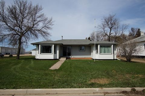 Photo of 203 N Broadway St, Roscoe, SD 57471