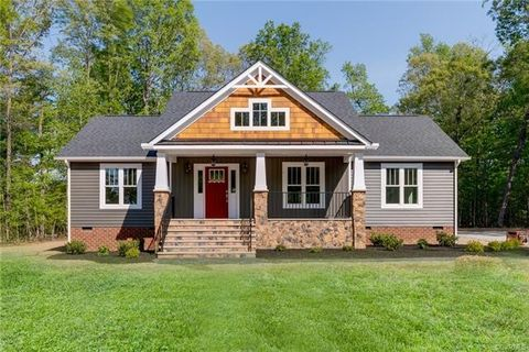 Photo of 7561 Silver Maple Dr, Jetersville, VA 23083