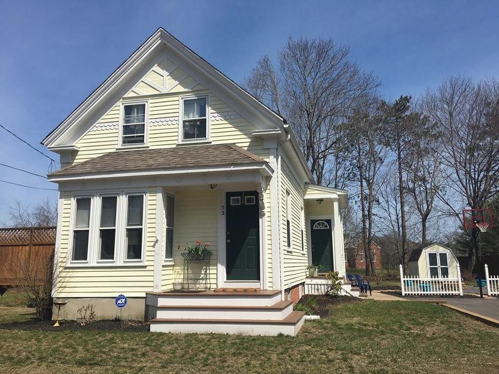 52 New St, Marshfield, MA 02050
