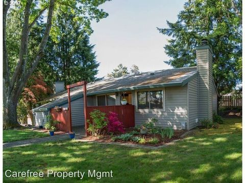 Photo of 10845 Sw 121st Ave, Tigard, OR 97223
