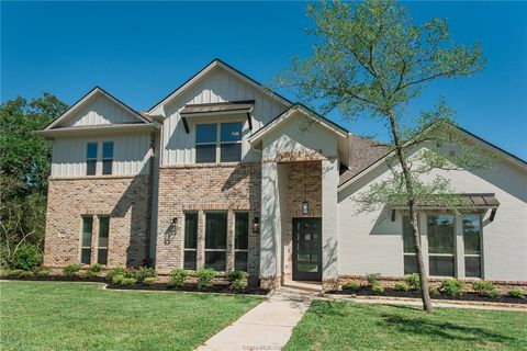 Photo of 1221 Quarry Oaks Dr, College Station, TX 77845