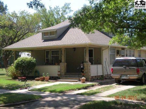 Photo of 507 S Randall Ave, Moundridge, KS 67107