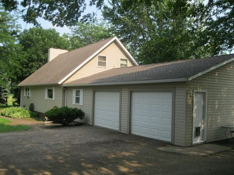Photo of 25202 Camp Ave, Milroy, MN 56263