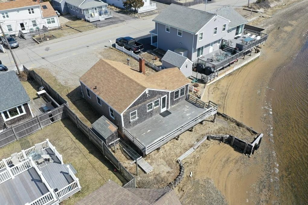 138 River St, Scituate, MA 02066