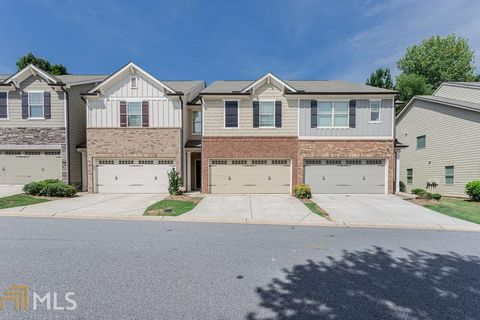 Photo of 145 Townview Dr, Woodstock, GA 30189