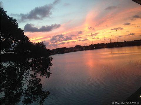 Photo of 18700 Ne 3rd Ct Apt 624, Miami, FL 33179