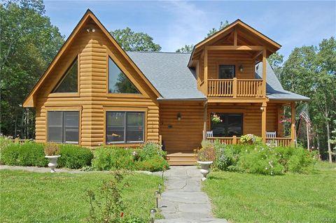 122 Burlingham Rd, Pine Bush, NY 12566