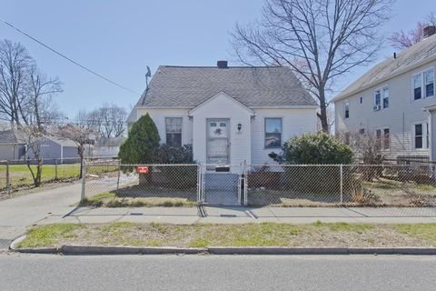 Photo of 127 Governor St, Springfield, MA 01104