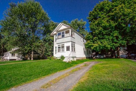 41 N Amherst Ave, Schenectady, NY 12304
