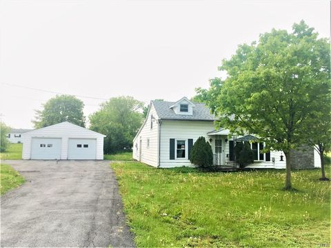 Photo of 25818 State Route 283, Watertown, NY 13601