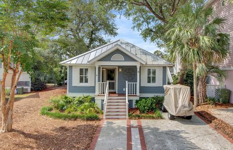 Photo of 9 Morgans Cove Ct, Isle Of Palms, SC 29451