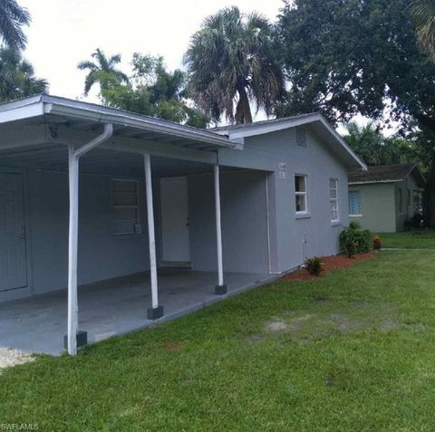 Photo of 1610 Cranford Ave, Fort Myers, FL 33916