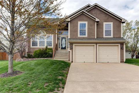 Gardner Ks Real Estate Gardner Homes For Sale Realtor Com