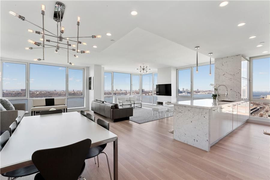 635 W 42nd St Apt 24 K, New York, NY 10036