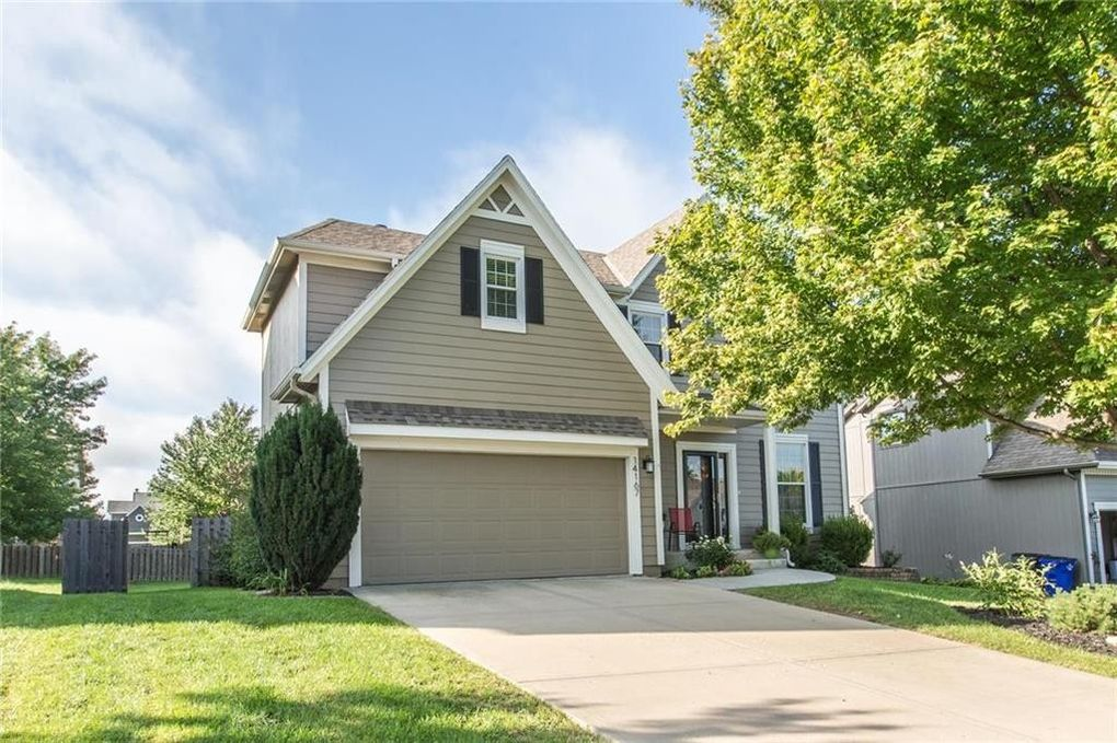 14167 W 150th Ct, Olathe, KS 66062