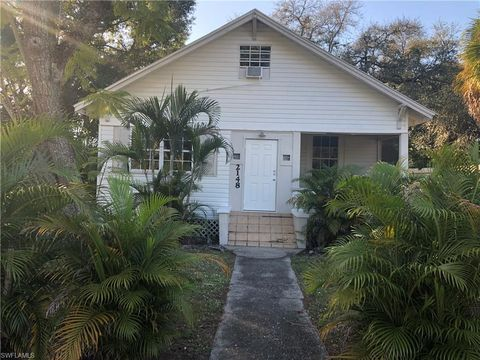 Photo of 2148 Monroe St, Fort Myers, FL 33901