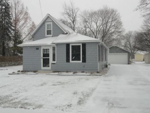 Photo of 107 Lowell St, Castalia, OH 44824