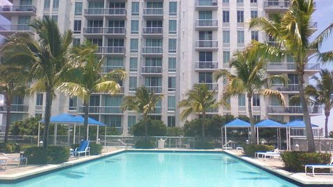 Photo of 300 S Australian Ave Unit 715, West Palm Beach, FL 33401