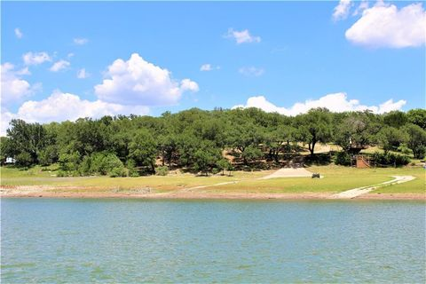 Photo of 25217 Lake View Dr, Spicewood, TX 78669