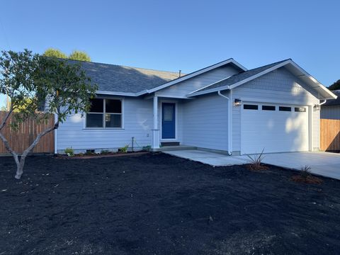 Photo of 4471 Excelsior Rd, Cutten, CA 95503