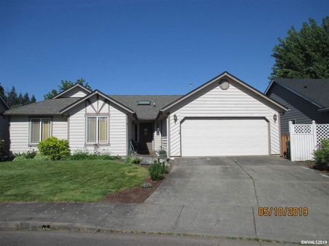 Photo of 737 Sphinx Ct Ne, Salem, OR 97301