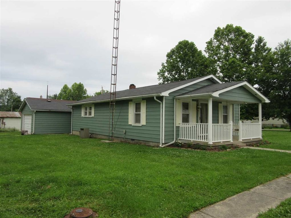 143 Liberty St Mitchell In 47446