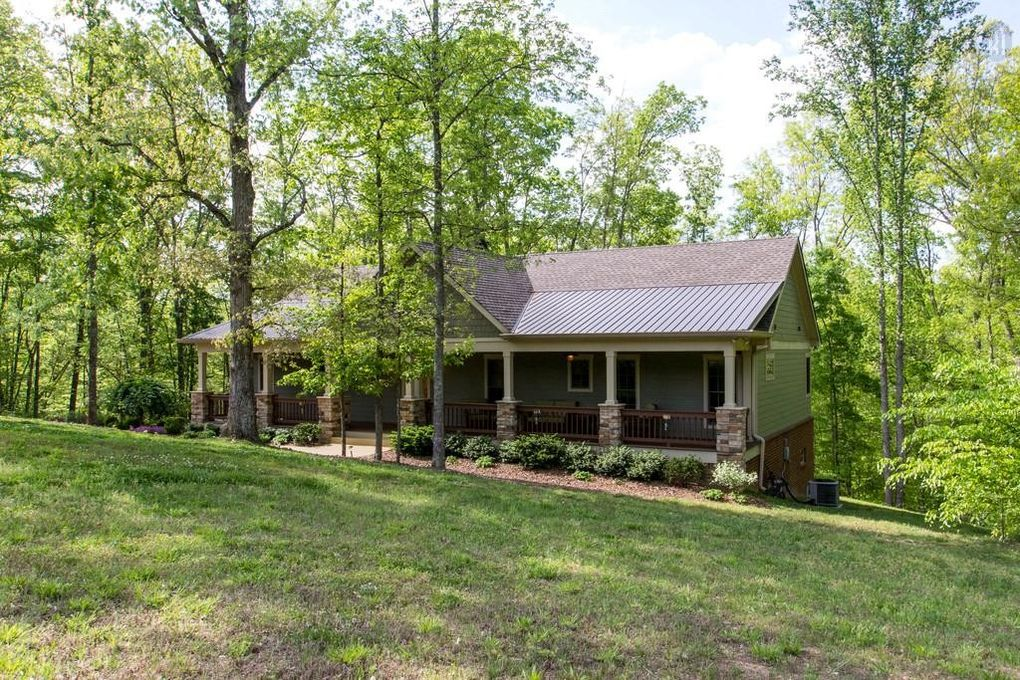 5745 Moore Rd, Franklin, TN 37064
