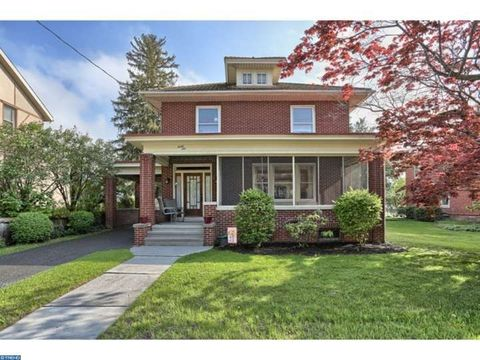 46 Main St, Quentin, PA 17083