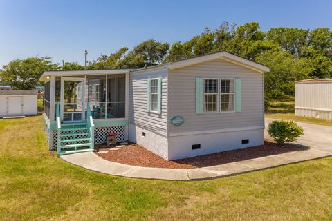 Pine Knoll Shores, NC Mobile & Manufactured Homes for Sale
