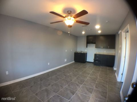 Photo of 3206 Hill Crest Dr, Mission, TX 78573