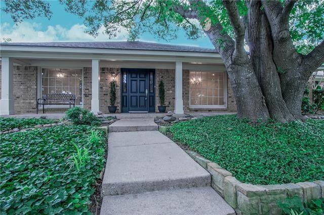 4304 Capra Way Benbrook, TX 76126