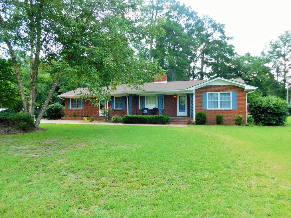 9660 Old Wire Rd Laurel Hill, NC 28351