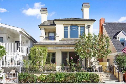 Photo of 208 Emerald Ave, Newport Beach, CA 92662