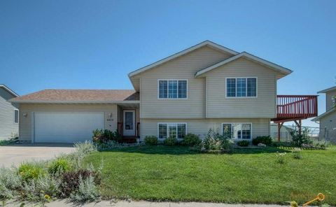 4428 Milehigh Ave, Rapid City, SD 57701