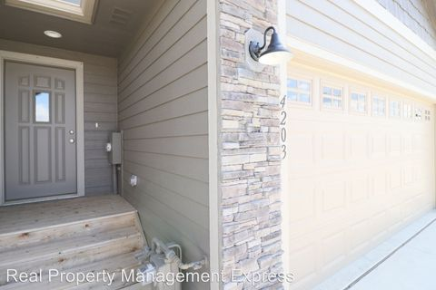 Photo of 4203 N Knob Hill Ct, Sioux Falls, SD 57107