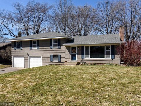 Photo of 8830 James Ave S, Bloomington, MN 55431
