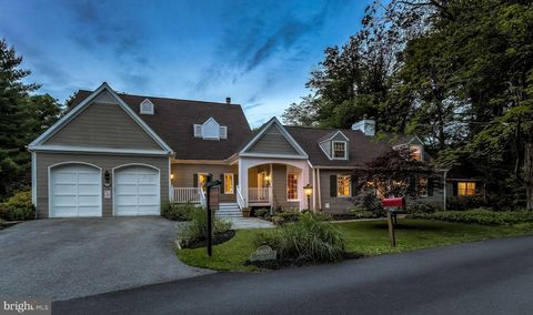 Photo of 10607 Candlewick Rd, Lutherville Timonium, MD 21093