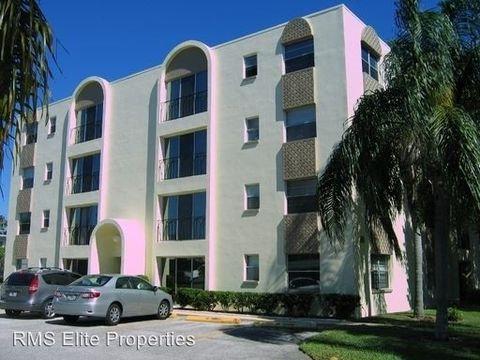 Photo of 317 34th Ave N Apt 307, Saint Petersburg, FL 33704