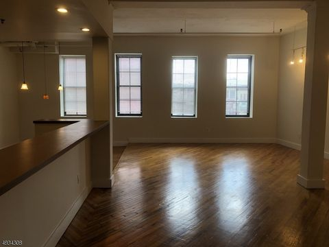 Photo of 41-49 Central Ave Unit 203, Passaic, NJ 07055