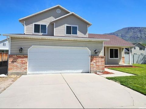 Photo of 852 W 850 N, Pleasant Grove, UT 84062