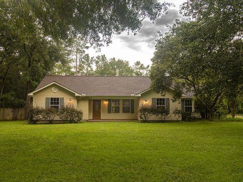 Photo of 599 Mason Dr, Havana, FL 32333