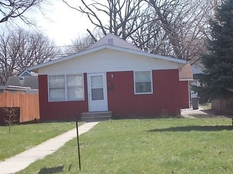 Photo of 424 Park Dr, Joliet, IL 60436