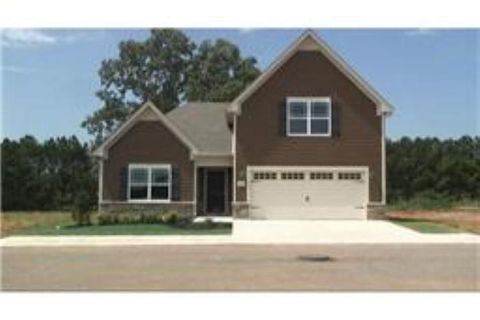 75 Dry Fork Dr, Winchester, TN 37398