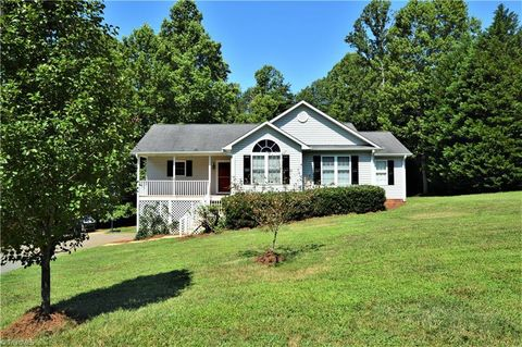 Marvelous Madison Nc Real Estate Madison Homes For Sale Realtor Com Interior Design Ideas Clesiryabchikinfo