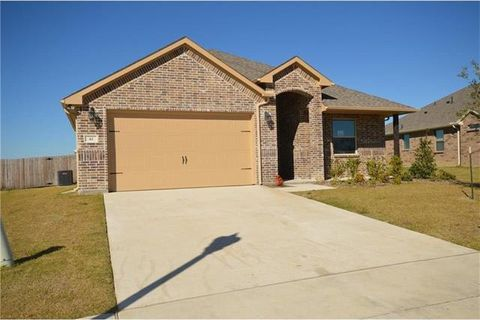 Photo of 41 Kramer Ln, Sanger, TX 76266