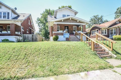 Super Shawnee Louisville Ky Real Estate Homes For Sale Home Interior And Landscaping Mentranervesignezvosmurscom